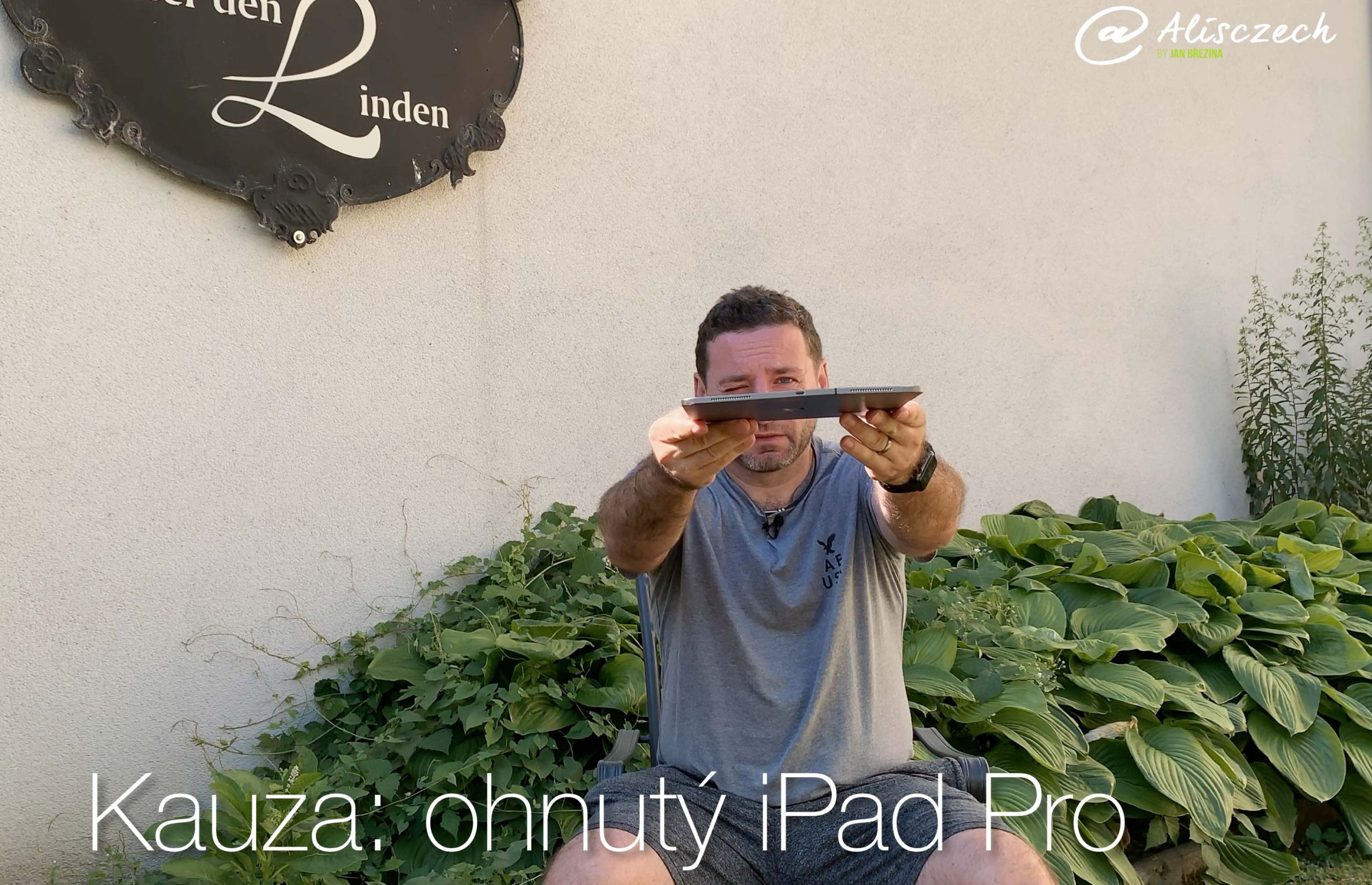 Ohnutý iPad Pro
